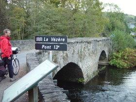 pont sur la Vézère, au Saillant