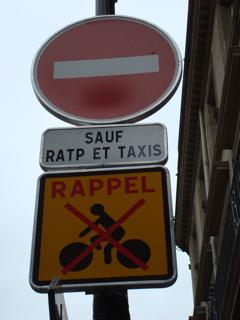 Signalisation_rue_de_Rohan.png