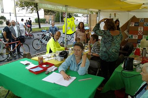 Bref moment de repos à l'enregistrement des prêts de vélos