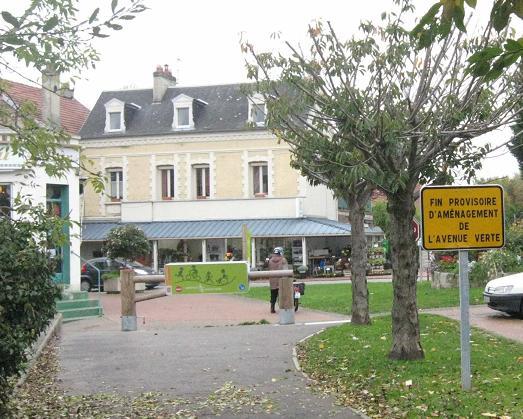 Fin de l'Avenue verte à Arques-la-Bataille