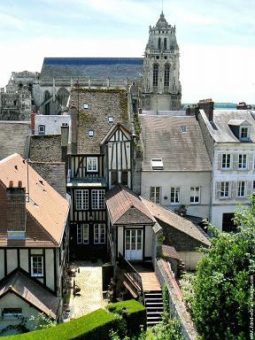 Gisors : la ville et la collégiale St-Gervais-St-Protais